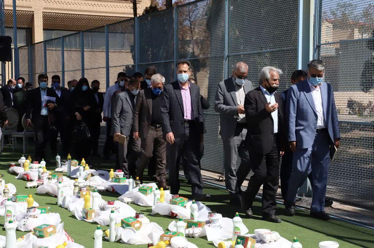 تهیه 700 بسته کمک معیشتی برای خانوده مددجویان نیازمند زندانی