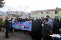 اعزام  دانش آموزان دختر منطقه رحیم آباد به اردوهای مناطق عملیاتی جنوب کشور