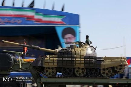 رژه+یگان+های+زرهی+نیروهای+مسلح+در+تهران