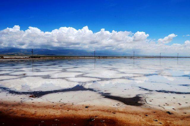 منشا 70 درصد از طوفان های گردوغبار قم اراضی اطراف دریاچه نمک است