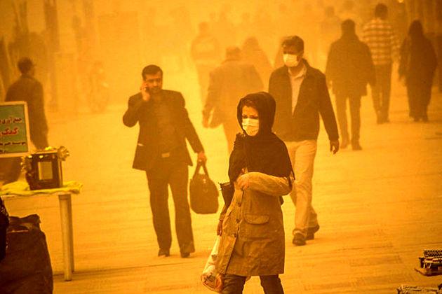 گرد و خاک از راه عراق به خوزستان می آید
