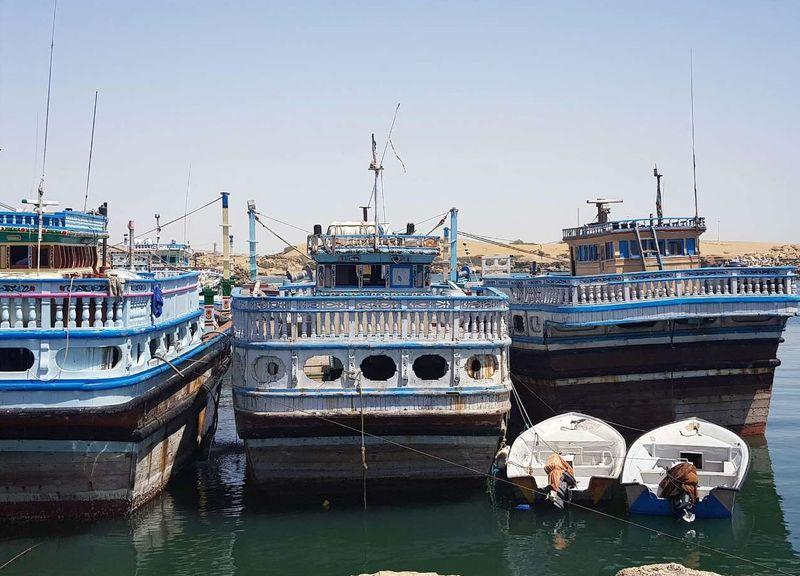 ورود لنج های چوبی هرمزگان به بنادر عمان آزاد شد