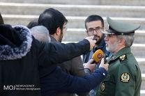 سپاه پاسداران به دلیل اقتدار و پیروزی های چشمگیر در عرصه های مختلف خار چشم دشمنان شده است