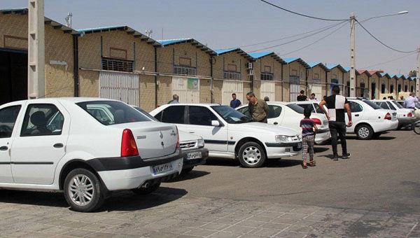وزارت صنعت عزمی برای برخورد با دلالان خودرو ندارد