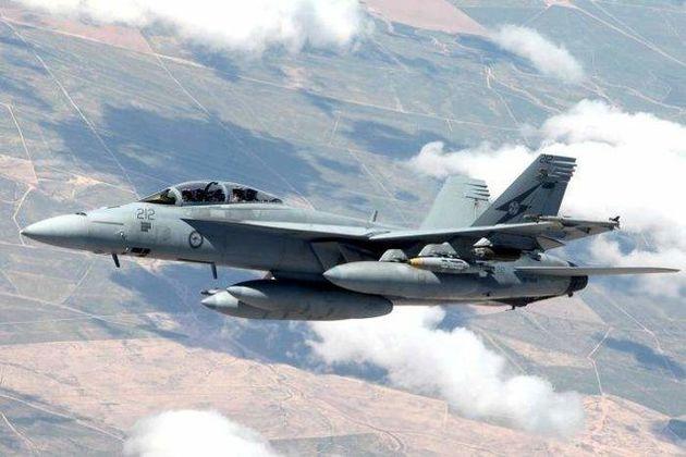 جنگنده های عربستان شرکت نفت صنعاء را بمباران کردند