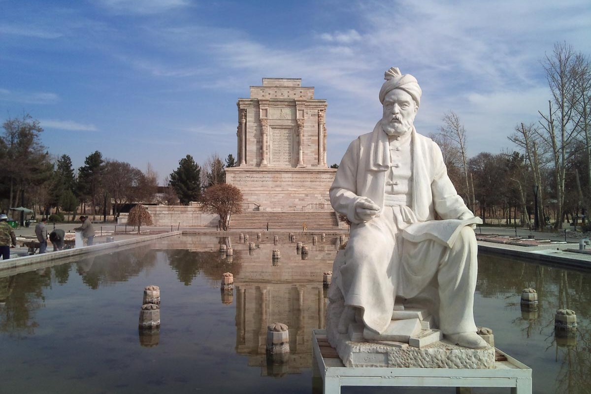 فردوسی، بزرگترین شاعر پارسی گو و محبوب قلب های ایرانیان در جهان