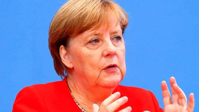آلمان در توافق هسته ای با ایران باقی خواهد ماند