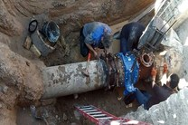 مشکل آب مناطق زلزله زده شهرستان بندرلنگه مرتفع شد
