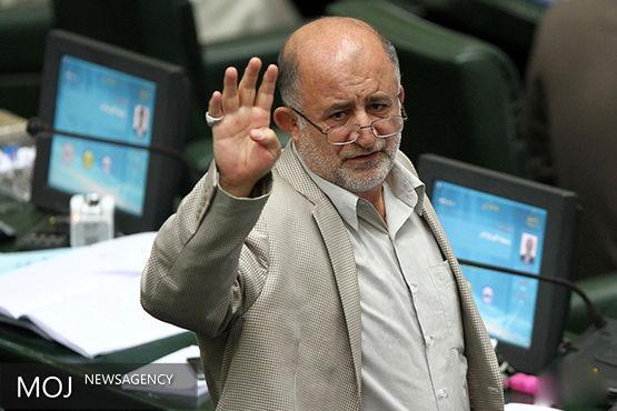 احمدی نژاد باعثایجاد اختلاف شدید طبقاتی بین پزشکان شد