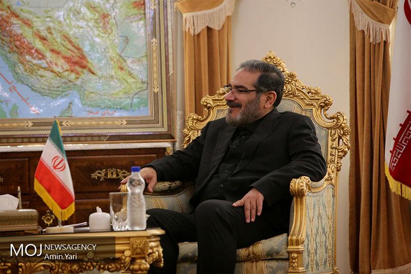 هیچ موضوعی نباید موجب کندی روند رو به توسعه روابط ایران و عراق شود