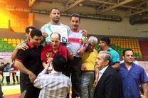 بروجرد قهرمان مسابقات کشتی آزاد جوانان لرستان شد