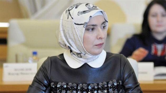 زن مسلمان داغستانی در انتخابات ریاست جمهوری با پوتین رقابت می کند
