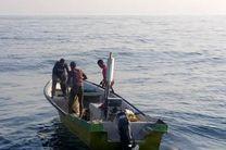 نجات جان سرنشینان قایق مفقودی در کیش