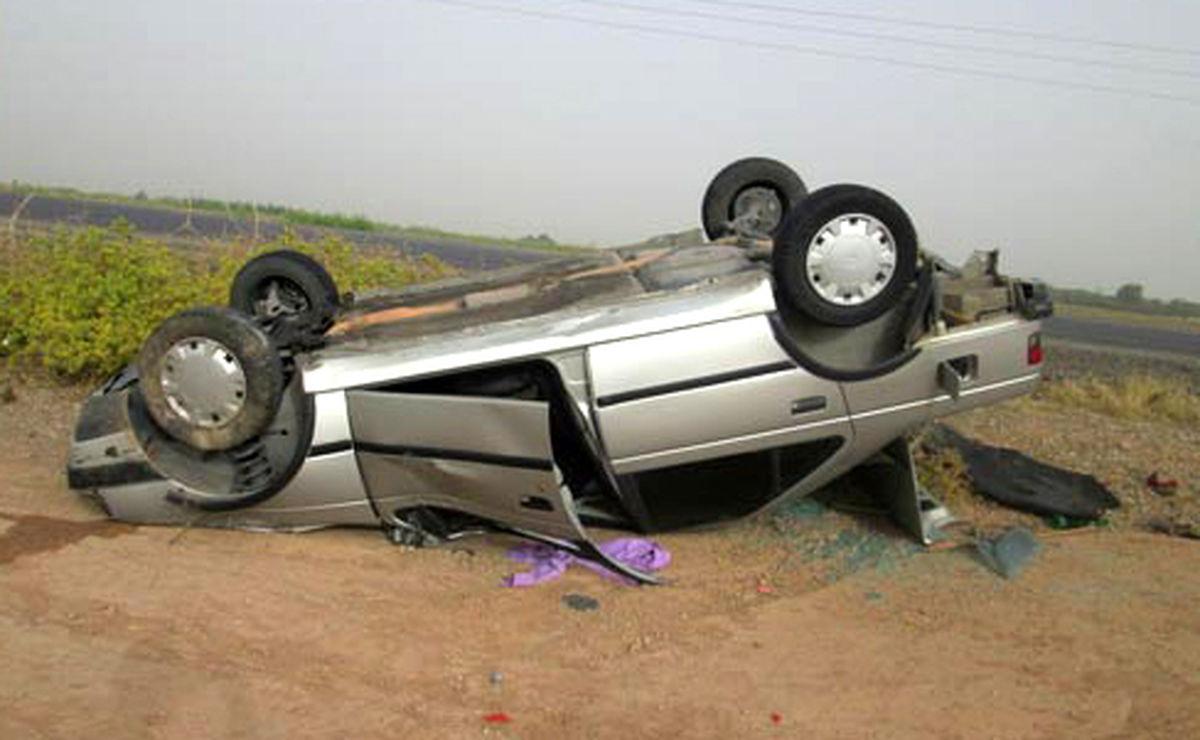 3 کشته دراثر واژگونی یک سواری پژو 405 در اردستان