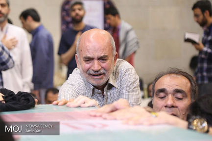مراسم اعتکاف و وداع با شهید گمنام در دانشگاه تهران