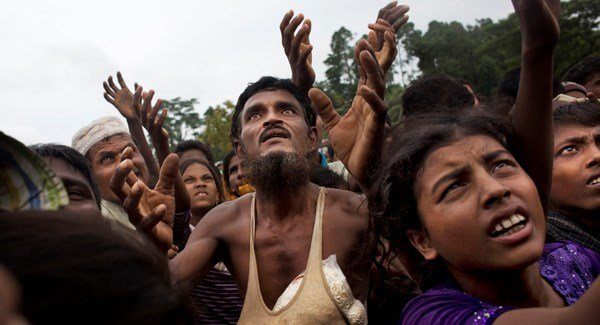سومین محموله کمک به مسلمانان میانمار از مرز بنگلادش ارسال می شود