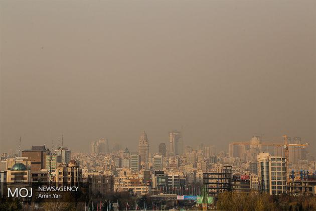 هوای پایتخت در وضعیت ناسالم برای گروه های حساس