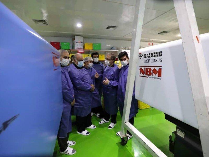 تولیدکنندگان ماسک در خط مقدم مبارزه با کرونا هستند