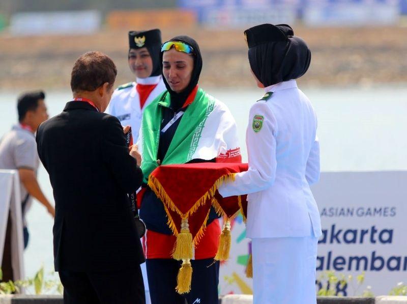 بانوی قایقران گیلانی در بازی های آسیایی مدال نقره کسب کرد
