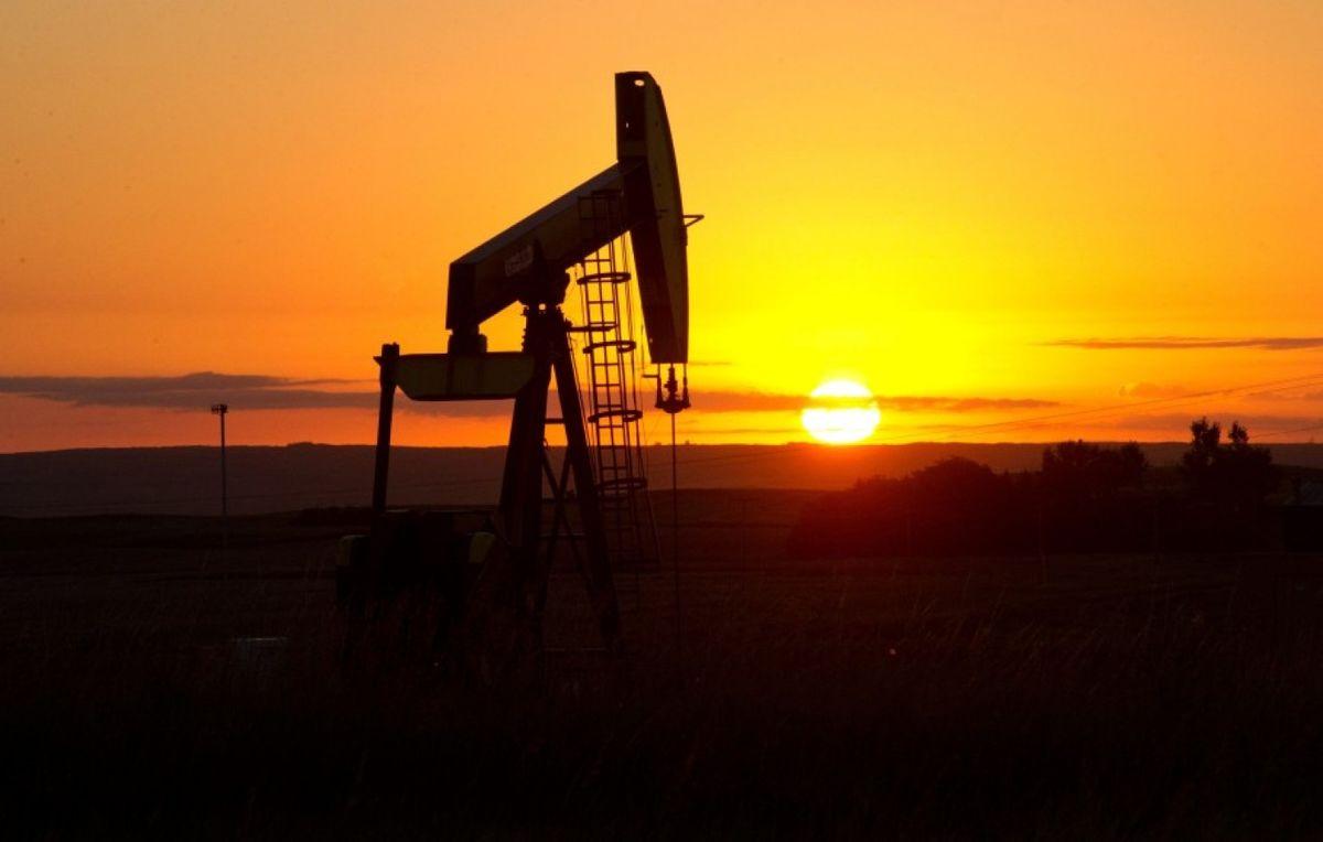 قیمت جهانی نفت در معاملات امروز ۶ بهمن ۹۹/ برنت به ۵۵ دلار و ۲۶ سنت رسید