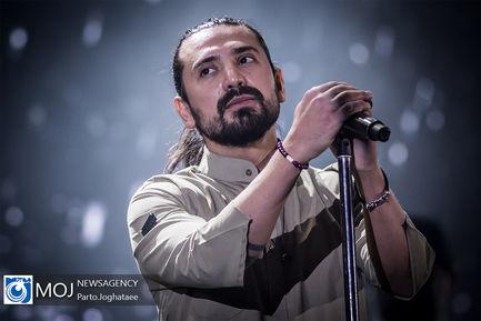 کنسرت+امیرعباس+گلاب+در+سالن+میلاد+نمایشگاه+بین+المللی+تهران (1)
