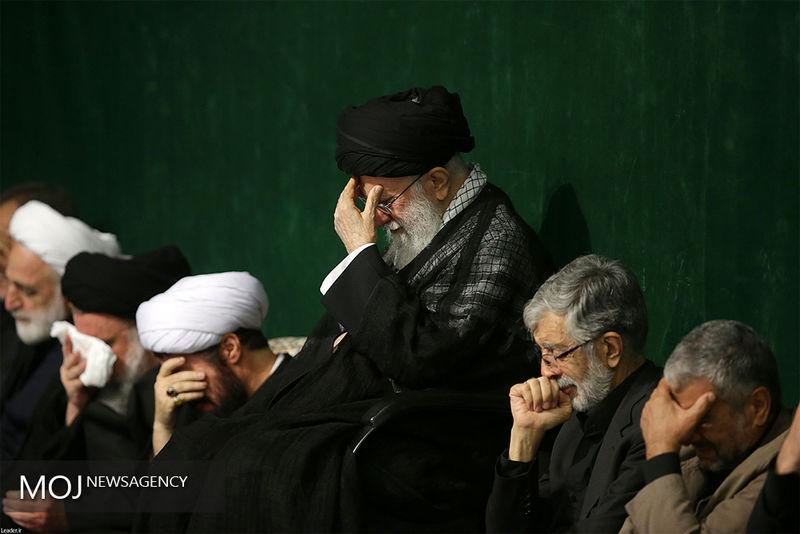آخرین شب مراسم عزاداری اباعبدالله الحسین(ع) با حضور رهبر معظم انقلاب برگزار شد