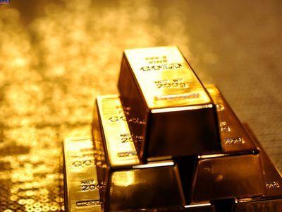 کشف بیش از شش کیلو گرم شمش طلای قاچاق در بندر لنگه