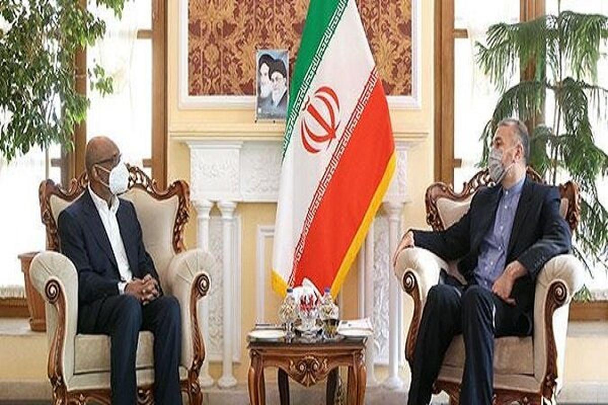 ایران همواره دست همکاری به سوی کشورهای دوست و همه همسایگان دراز کرده است