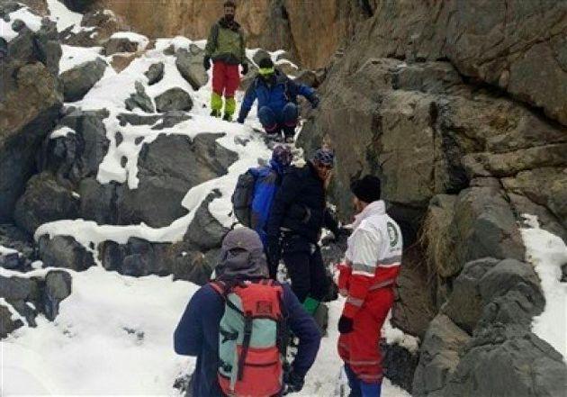 مشاهده لکه سیاه توسط بالگردهای امدادی در ارتفاعات روستای بیده