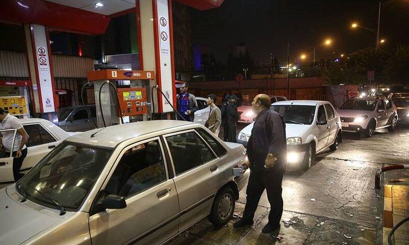 پشت پرده های قیمت بنزین