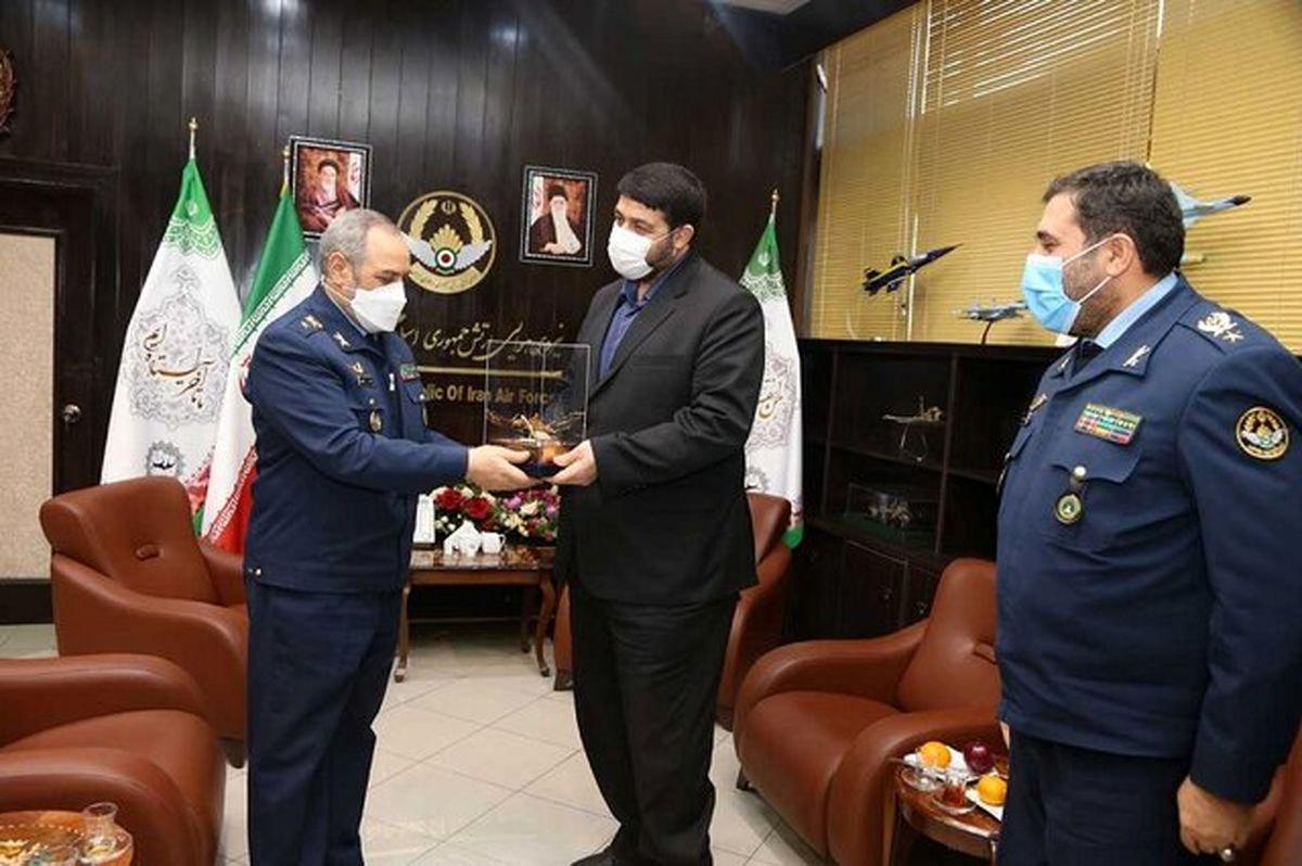 دیدار رییس اورژانس کشور با فرمانده نیروی هوایی ارتش