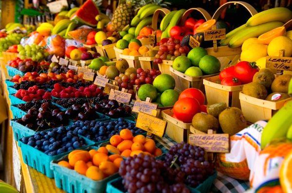 میوه های قاچاق از سطح میوه فروشی های هرمزگان جمع آوری می شود