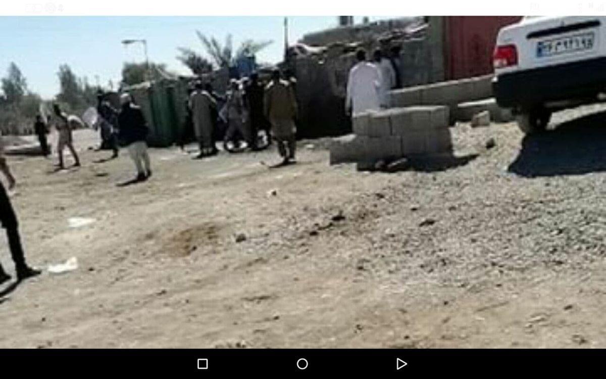 درگیری شدید بین نیروهای انتظامی با فروشندگان غیرمجاز در ایرانشهر