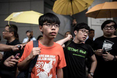 حکم زندان برای ۳ دموکراسیخواه هنگکنگی
