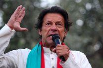 آمریکا با پاکستان مثل پادری رفتار می کند