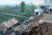 زلزله در اندونزی 13 کشته بر جای گذاشت/ 60 پس لرزه به ثبت رسید