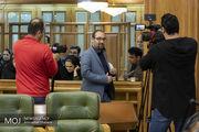 تاخیر در برگزاری جلسه شورا توهین به شهروندان بود/نظری شورا را ترک کرد