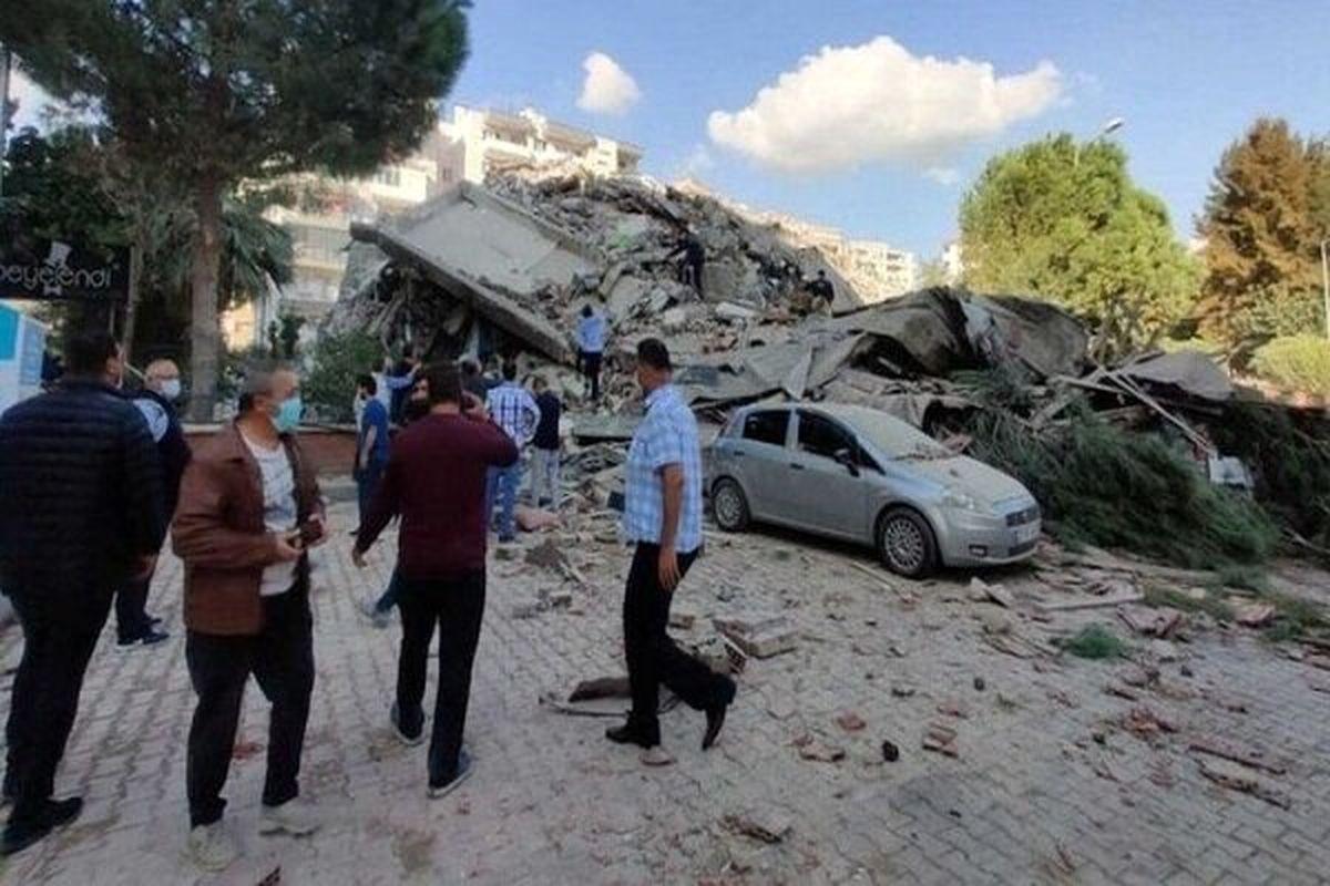 افزایش شمار قربانیان زلزله ازمیر به ۱۰۰ نفر