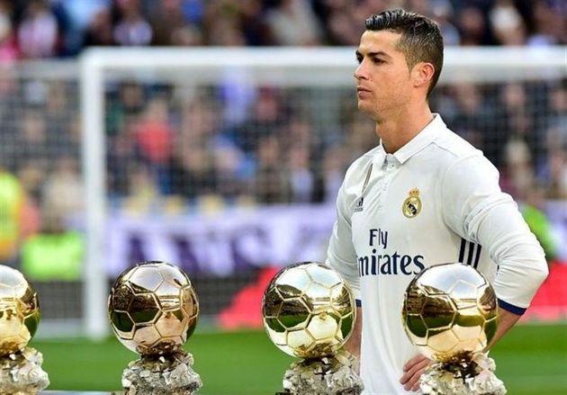 رونالدو: امسال هم شانس کسب توپ طلا را دارم