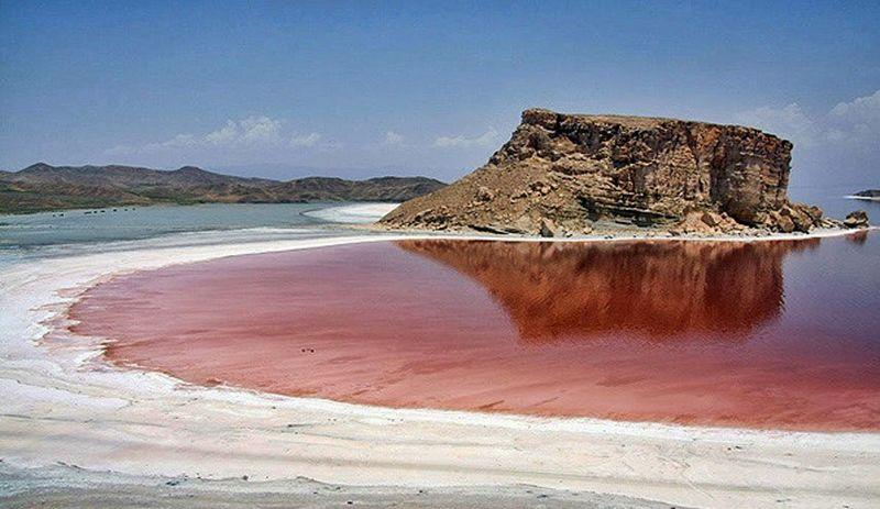 ستاد احیای دریاچه ارومیه پشتوانه سیاسی ندارد