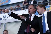 مدودف: امکانات جامجهانی ۲۰۱۸ سرمایهگذاری خوبی برای توسعه روسیه است