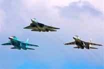 انهدام مواضع تروریست های داعش در حمص و دیرالزور