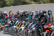 لغو مسابقات موتور سواری به دلیل ازدحام جمعیت در اصفهان