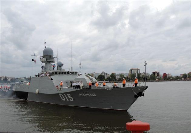 تمرین مشترک دریایی ناوهای نیروی دریایی روسیه و ایران برگزار شد