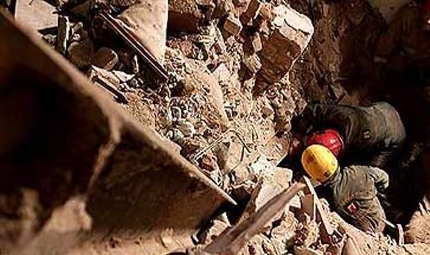 جزئیات ریزش تونل در آزادراه تهران-شمال/ 8 نفر در تونل محبوس شدند