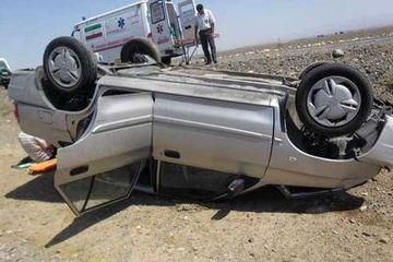 مصدوم شدن 5 نفر در اثر واژگونی پراید در جاده تهران- اصفهان
