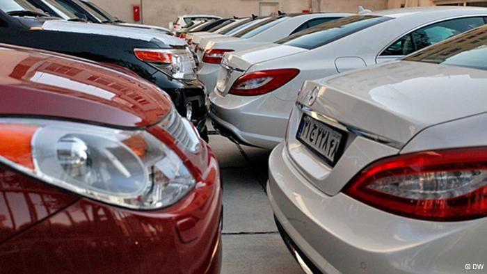 ادامه انتقاد به سیاست های دولت در بازار خودرو