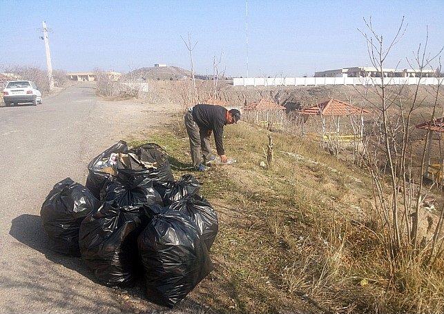 پارک جنگلی شهر میانه پاکسازی شد