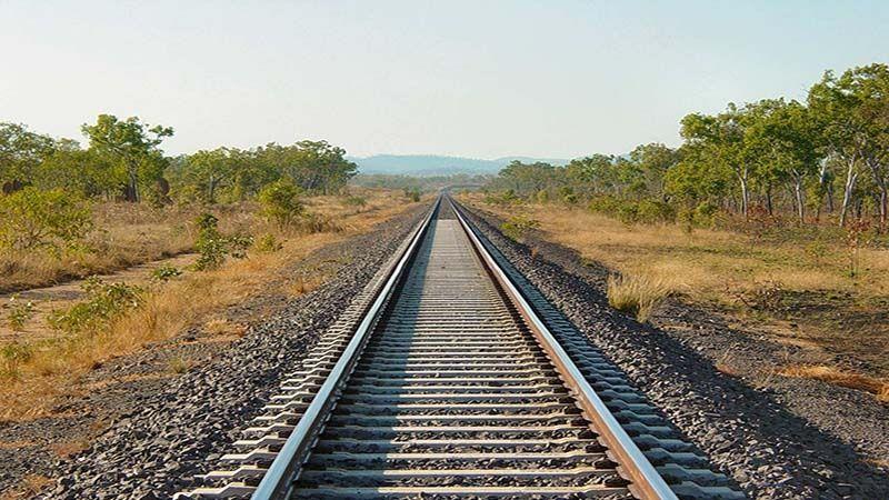 قطاری با واگن های مشابه بشکه در ریل های اروپا به کار گرفته شد