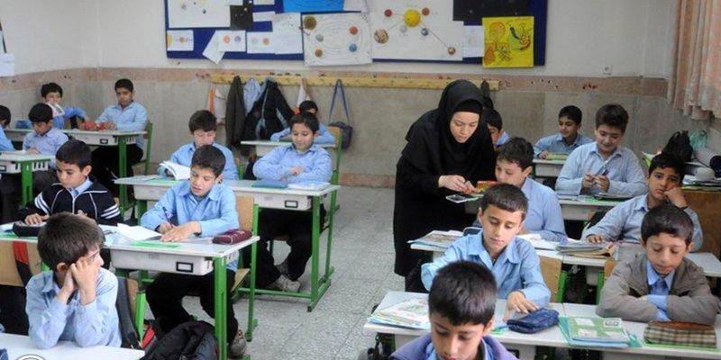 آبادان با کمبود ۴۹۵ معلم مواجه است